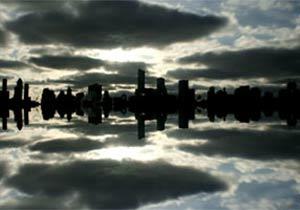 空中に浮かんで見えるシカゴの街