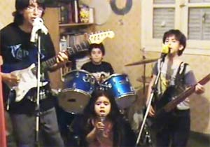 子供ヘビメタバンド