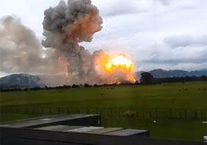 火薬倉庫の爆発がすごい威力