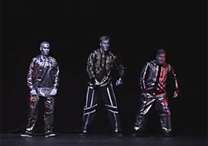 ロボットボーイズのダンス