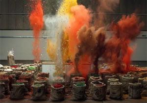 色とりどりのスパイスが爆発
