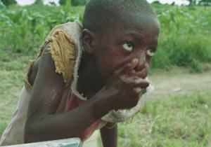 初めてきれいな水を手にしたザンビアの子供たち