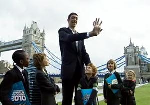 世界一背の高い男