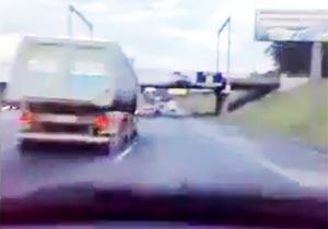 ロシア高速道路を爆走