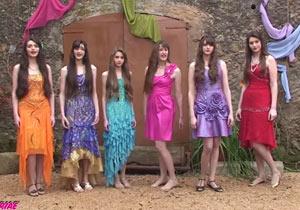 微妙なPVを公開した美女6人組